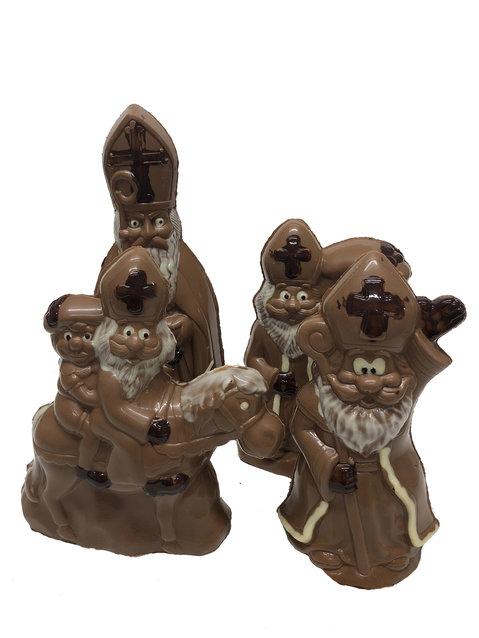Ingekleurde sint chocolade figuren melk